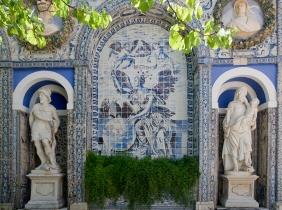 O azulejo da vida de Alexandra Gago da Câmara | Lisboa, Palácio Fronteira, século XVII [© Inês Aguiar]